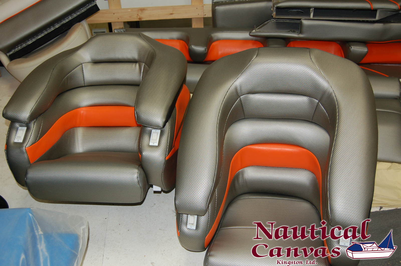 custom-canvas-marine-boat-chairs-seats-kingston-ontario
